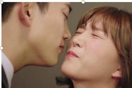 初吻的定义是什么,女生的初吻很重要么?